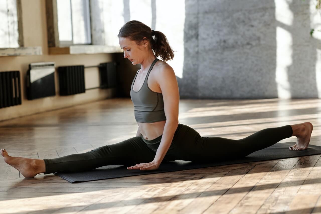 اليوغا كل ما ترغب في معرفته عن فن ممارسة تمارين اليوغا